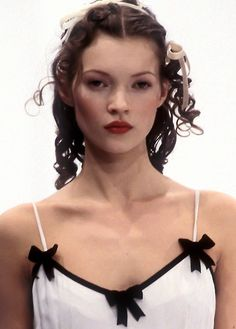 wink-smile-pout:  Kate Moss at Dolce&Gabbana Fall 1993