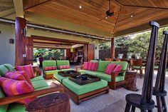 A luxury Hawaiian va