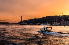 BİR BAŞKA GÜZELDİR İSTANBUL,UM...'Early Morning Transition' [[MORE]]*** (photo by KarimovAgil)