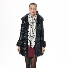 Bosideng Fashion Outerwear Women's Winter Warm Flex Black Down Jacket BR2284 160/84A Bosideng. $169.00