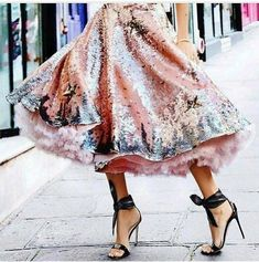 The trend spotter picks the best #streetstyle looks #womanfashion