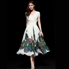 Fashion 2013 Summer New Arrival Ladies Elegant Print Full Dress V-neck Chiffon Bohemia One-piece Dress Free Shpping