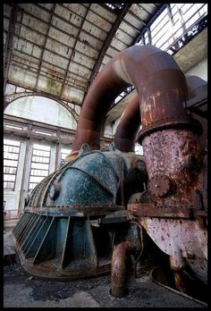 Abandoned Pennsylvania power station. Click on the link, many more gorgeous photos in the post. Abandoned Property, Abandoned Buildings, Abandoned Places, Urban Decay Photography, Abandoned Factory, Industrial Architecture, Ex Machina, Industrial Photography, Urban Exploration