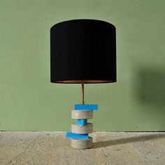 """Moldava lamp"" concrete, wood and brass. #inetrior #interiors #inspiration #interiordesign #interiorismo #lamp #diseño #design #concret #woods #brass #decor #decoration #decoracion #kalara #kalarastudio #workspace #work #newspace #newproject #cadiz #andalucia #home #homedecor #hormigon"