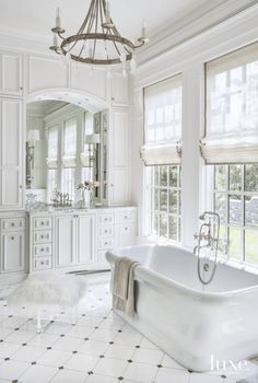 Dreaming of an extra or designer master bathroom? We've gathered together plenty of gorgeous master bathroom some ideas for small or large budgets, including baths, showers, sinks and basins, plus master bathroom decor tips. Modern Luxury Bathroom, Bathroom Design Luxury, Luxury Bathrooms, Modern Bathrooms, Dream Bathrooms, Beautiful Bathrooms, Country Bathrooms, White Bathrooms, Crown Molding Bathroom