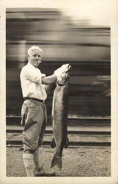 Catch of the day: vintage fishing photograph via The Boat Lullabies Pike Fishing, Going Fishing, Kayak Fishing, Fishing Trips, Fishing Stuff, Fishing Guide, Trout Fishing, Old Pictures, Old Photos