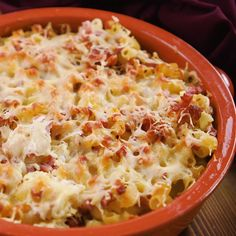 The ham and cheese noodle bake takes you back to your childhood - only this time in a fitness-friendly version. Sushi Rice Recipes, Rice Recipes For Dinner, Ham And Cheese Pasta, Evening Meals, Eating Plans, Macaroni, Vegetarian, Stuffed Peppers, Cooking