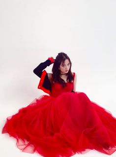Jisoo Do Blackpink, Kim Jisoo, Blackpink Fashion, Korean Fashion, Yg Entertainment, Blackpink Members, Blackpink Video, Tulle Gown, Pretty Asian