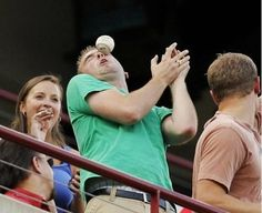 Nice Catch - Perfectly Timed Photos Taken Just Before Disaster Strikes - Photos