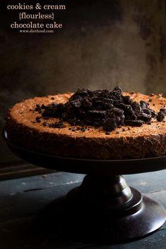 Cookies and Cream Flourless Chocolate Cake