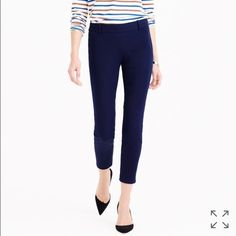 """BNWOT J. Crew Minnie stretch twill pant 6 Called the """"magic pant"""" around the office for a reason: It's sleek, chic and slim fitting, with an exactly-right-length leg. And it goes with just about everything.  Cotton with a hint of stretch. 95% cotton, 5% spandex. Side zip. Sits just above hip. Fitted through hip and thigh, with a skinny, cropped leg. 26"""" inseam. J. Crew Pants Ankle & Cropped"""
