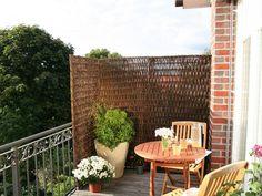 Deko Ideen Balkon Terrasse Bedeckt Sichtschutz | Ogród Balkon ... Ideen Balkon Sichtschutz