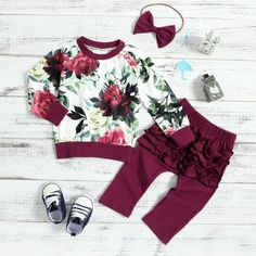 Floral Top Ruffle Pants and Headband Set TYChome baby girls baby boy baby girl fashion baby boy fashioneuropean baby fashionbaby summer fashion baby fashion trends hipster vintage baby clothes Baby Outfits Newborn, Toddler Outfits, Baby Boy Outfits, Kids Outfits, Vintage Baby Clothes, Cute Baby Clothes, Baby Girl Fashion, Kids Fashion, Newborn Fashion