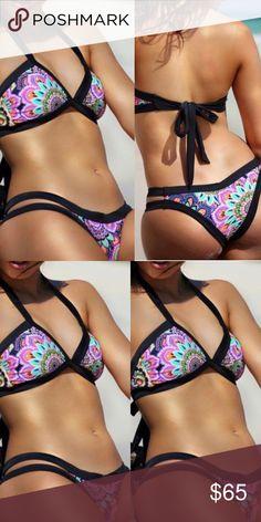 VS xs bikini Never worn No padding on swim top Victoria's Secret Swim Bikinis Plus Fashion, Fashion Tips, Fashion Design, Fashion Trends, Floral Bikini Set, Designer Swimwear, Victoria Secret Swim, Personal Stylist, String Bikinis