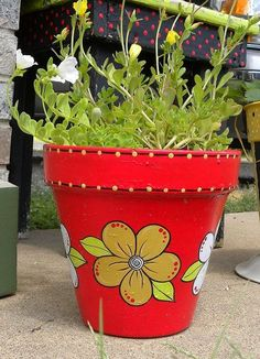 painted clay pots container gardening crafts gardening painting Painted Clay Pots by GranArt Painted Clay Pots, Painted Flower Pots, Hand Painted, Decorated Flower Pots, Clay Pot Projects, Clay Pot Crafts, Flower Pot Crafts, Pot Plante, Pottery Painting