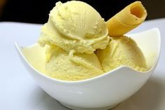 Vanilleeis Rezept - Eis selber machen von Eisrezepte.net