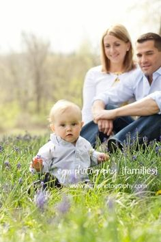 6 Month Photography Ideas | Family Photos, Baby Photos, Bluebonnet Photos by etta