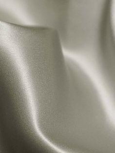 """Silk Satin Royal (55"""") - Parisienne"""