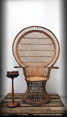 Large Wicker Peacock Chair 1970u0027s Vintage