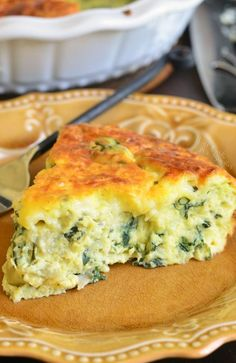 This crustless quiche is made with fresh spinach artichoke hearts and lots of cheese. This crustless quiche is made with fresh spinach artichoke hearts and lots of cheese. Spinach Quiche Recipes, Artichoke Recipes, Fresh Spinach Recipes, Recipes With Artichoke Hearts, Spinach Quiche Crustless, Broccoli Cheese Quiche, Artichoke Dip, Breakfast Quiche, Desert Recipes