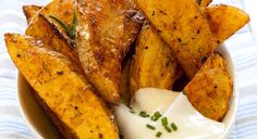 The always versatile Breville #Halo Health #Fryer has several tricks up its sleeve – and one of our favourites is this recipe for yummy cajun spiced potato wedges. Easy, delicious and healthy.