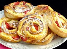 Cakes And More, French Toast, Cooking Recipes, Breakfast, Pastries, Food, Basket, Cake Ideas, Dessert Ideas