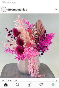 Dried Flower Wreaths, Dried Flower Bouquet, Boquet, Dried Flowers, Paper Flowers, Hanging Wedding Decorations, Flower Decorations, Dried Flower Arrangements, Floral Centerpieces