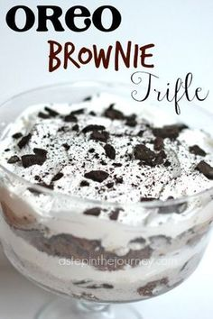 Trifle The easiest and most delicious trifle recipe out there! Only 4 simple ingredients to layered perfection!The easiest and most delicious trifle recipe out there! Only 4 simple ingredients to layered perfection! Oreo Brownie Trifle, Dessert Oreo, Oreo Brownies, Trifle Desserts, Oreo Cake, Oreo Cheesecake, Raspberry Cheesecake, Pumpkin Cheesecake, Dessert Trifles