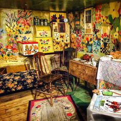 Maud Lewis's sweet painted house