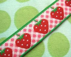 STrawberry ribbon Strawberry Patch, Strawberry Shortcake, Lana, Patches, Ribbon, Quilts, Sewing, Strawberries, Unique Jewelry