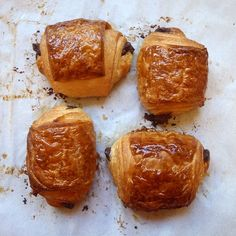 "DIY Recipe | EASY Chocolate-Filled Croissants :: French ""Pain au Chocolate"" with Step-by-Step Photos ... #recipe #breakfast #brunch"