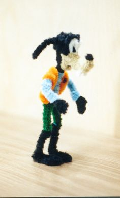 The Coolest Thing Ever Done With Pipe Cleaners | YouBentMyWookie