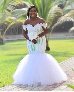 Latest Kente Fabric Styles For Fashionable Ladies - Loud In Naija African Prom Dresses, Latest African Fashion Dresses, African Dress, African Traditional Wedding Dress, Fancy Wedding Dresses, Kente Dress, African Lace Styles, African Wedding Attire, Lace Dress Styles