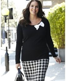 Black and Ivory goes anywhere and that bow makes it ADORABLE!  (9.12 - Simply Be)