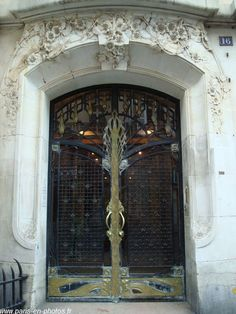 1000 images about doors and stairs on pinterest art for Art nouveau fenetre