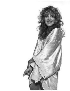 Stevie Nicks Loves and Hookups Viejo Hollywood, Buckingham Nicks, Stephanie Lynn, Stevie Nicks Fleetwood Mac, Women Of Rock, Celebs, Celebrities, Hair Inspo, Her Style