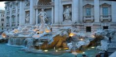 The famous Trevi Fountain is just one of the many sights you will see on a Rome in a Nutshell tour.