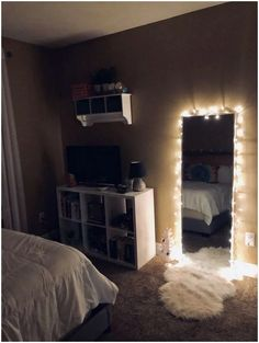 61 Cute Girls Bedroom Ideas for Small Rooms & GentileForda.ComThe post 61 cute girls bedroom ideas for small rooms 51 appeared first on Dekoration. Small Room Bedroom, Room Decor Bedroom, Night Bedroom, Bedroom Inspo, Modern Bedroom, Apartment Bedroom Decor, Contemporary Bedroom, Mirror Bedroom, Master Bedroom
