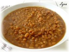 Fèves au lard à l'ancienne (mijoteuse) Baked Bean Recipes, Beans Recipes, Navy Bean, Gluten Free Vegetarian Recipes, Baked Beans, French Food, Bolognese, Dutch Oven, Slow Cooker Recipes