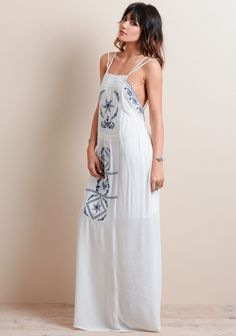 Long dress yang cantik villa
