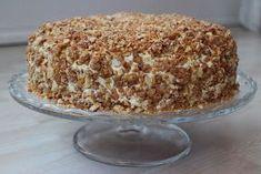 Krokankake er en klassiker, en av de gode gamle som sto på repertoaret til min farmor. Krokankaken er en ekte festkake som var obligato... Baking Recipes, Cake Recipes, Dessert Recipes, Desserts, Norwegian Food, Scandinavian Food, Dessert Drinks, Sweet Cakes, Let Them Eat Cake