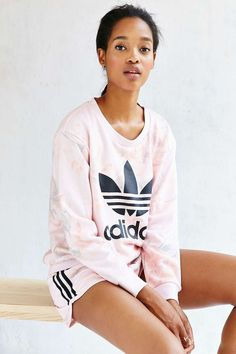 detailed look 3bc94 4553b adidas Originals Pastel Rose Sweatshirt - Urban Outfitters Adidas Shoes  Women, Nike Shoes, Adidas