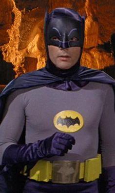 BATMAN's suit : A Comic Book History