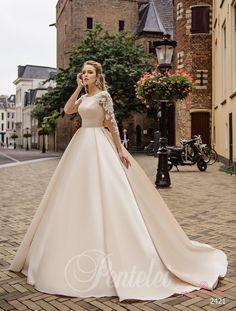Весільня сукня Pentelei 2421 - Інтернет-магазин «Весільний бум!» Wedding  Party Dresses 1412f3e962c78