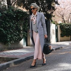 The Best Fashion Ideas For Women Over 60 - Fashion Trends Over 60 Fashion, Mature Fashion, Older Women Fashion, Over 50 Womens Fashion, Fashion Over 50, Plus Size Fashion, Fashion 2018, Fashion Online, Stylish Outfits