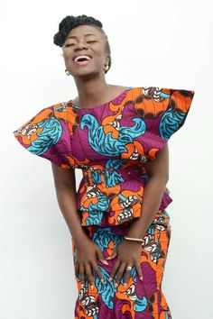 latest ankara skirt and blouse Ankara Skirt and Blouse Styles 2019 for African Queen African Tops, African Dresses For Women, African Wear, African Attire, African Fashion Dresses, African Women, African Style, African Print Fashion, Africa Fashion