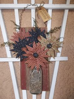 Primitive Americana Decoration - Handmade Daisies on Antique Barn Wood Piece