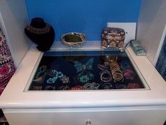 Jewelry drawer with a glass top