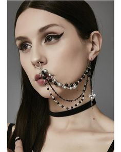 Kvinde intimpiercing Industrial Piercing
