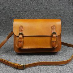 105.00$  Buy here - http://aliubj.worldwells.pw/go.php?t=32597804004 - Leather handbags handmade leather retro College Wind wild small satchel / shoulder bag Messenger bag ladies